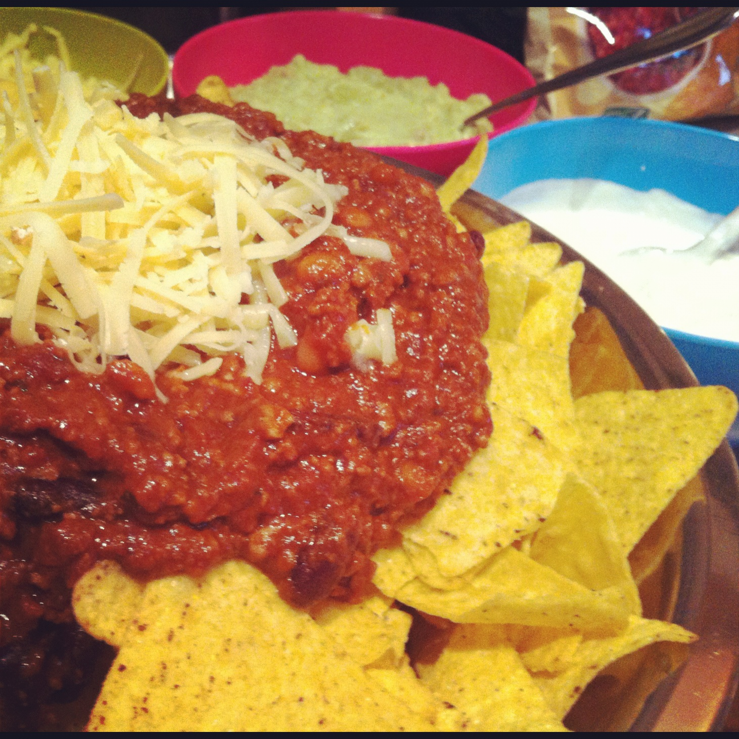 Spicy Loaded Nachos with Homemade Guacamole | Vixxy P's